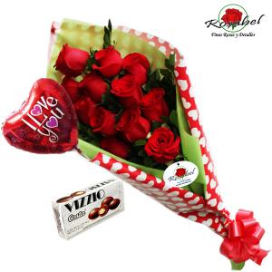 ramo de rosas corazon - Imagenes De Ramos De Rosas