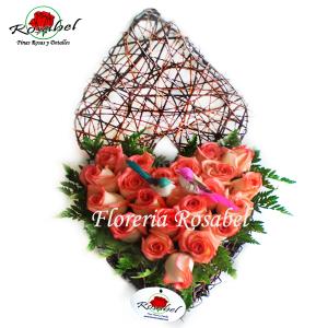 Corazon de rosas rosadas lima Cod.03