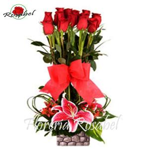 Arreglo Floral de Rosas Mirada de Amor