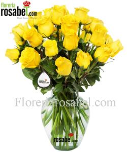 Florero de rosas amarillas