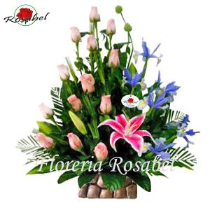 Arreglos Florales para cumpleaños, flores rosadas