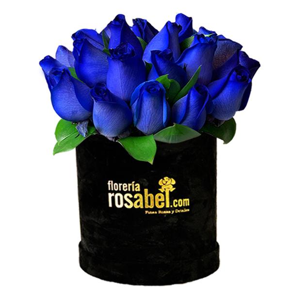 rosas azules en caja negra, box