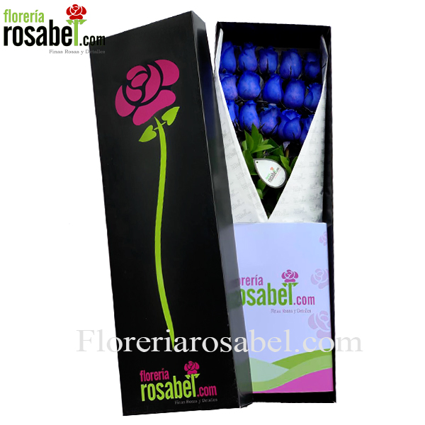 caja negra con 12 rosas azules